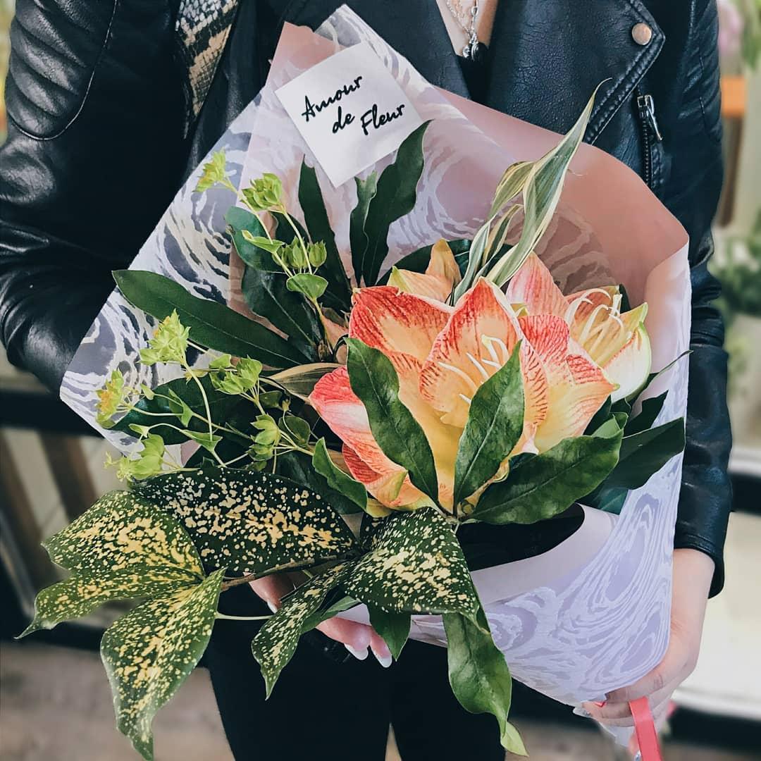 букет цветов купить в Калининграде